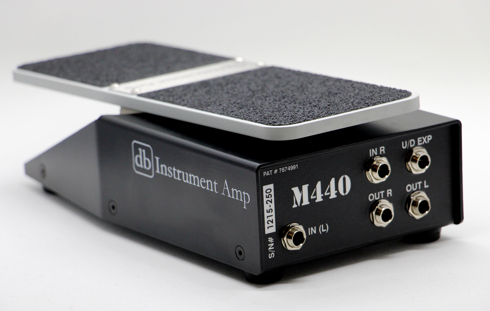 m440 dual axis stereo volume pedal db instrument amp. Black Bedroom Furniture Sets. Home Design Ideas